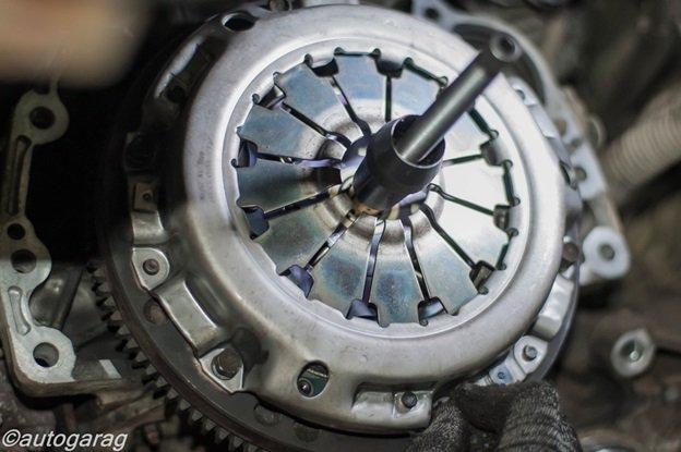 Проведение работ по замене комплекта сцепления на SX4
