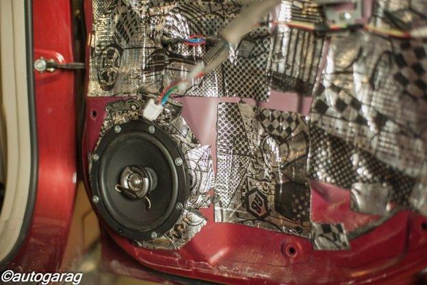 Шумоизоляция и аудиосистема Subaru
