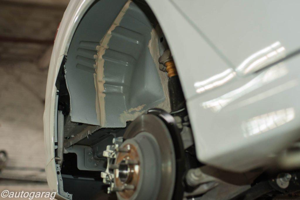Антикоррозийная обработка днища автомобиля